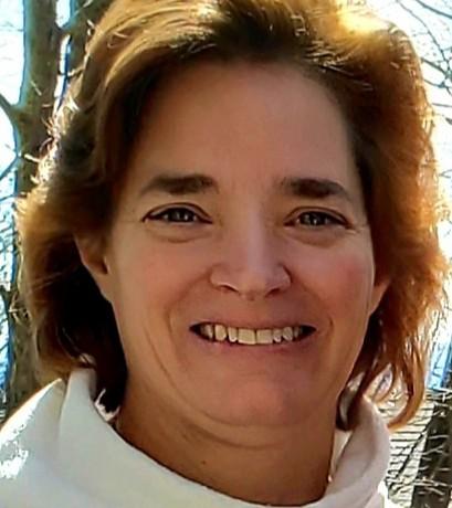 Stacey Gordon (She/Her/Hers)  Customer Service Coordinator