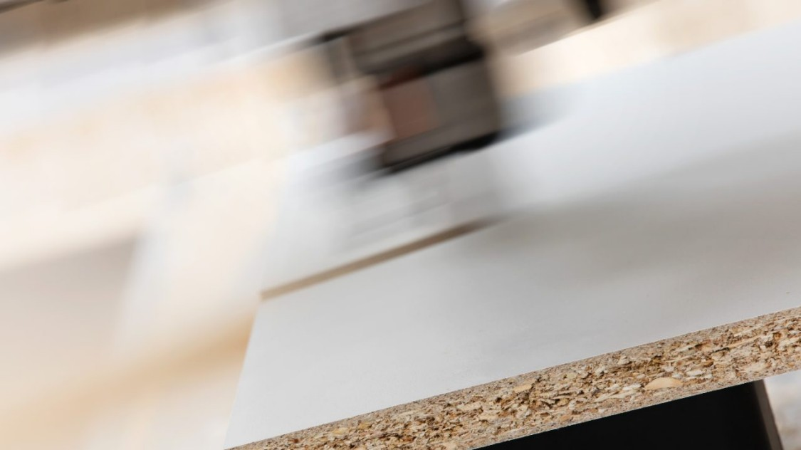 Picture continuous particle board presses