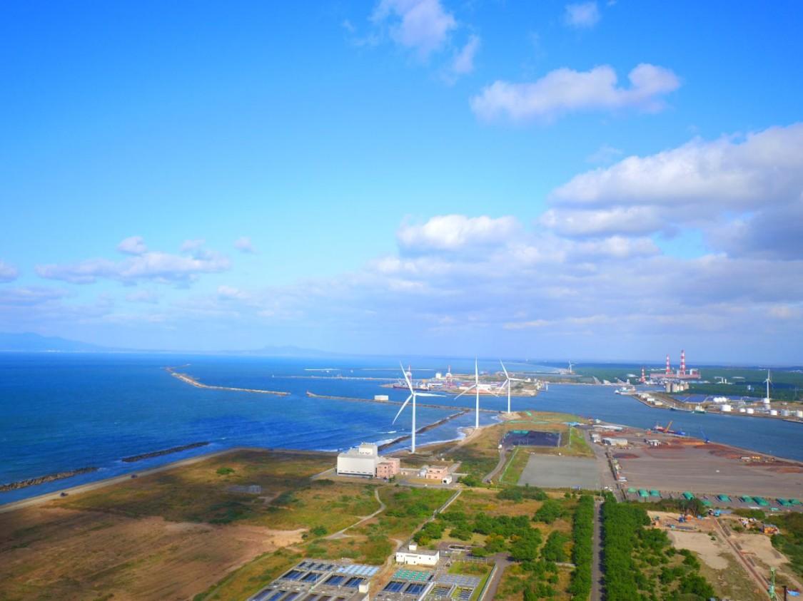 Wind farm in the port of Akita, 2017