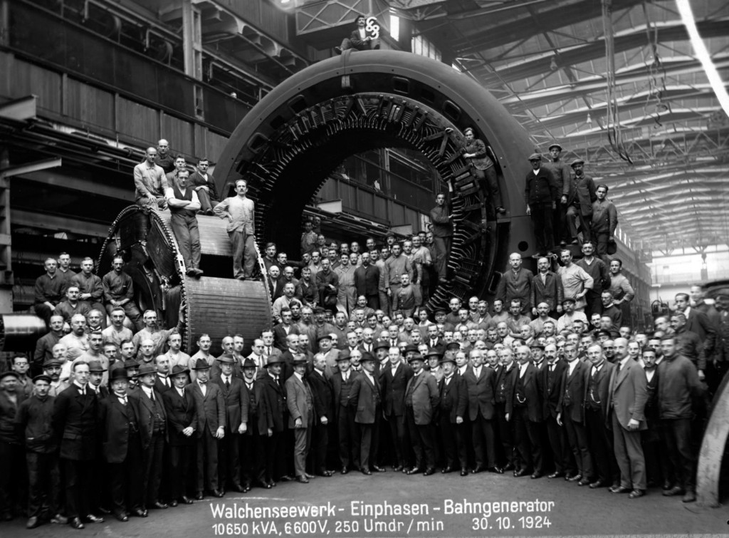 Single-phase generator in the Dynamowerk