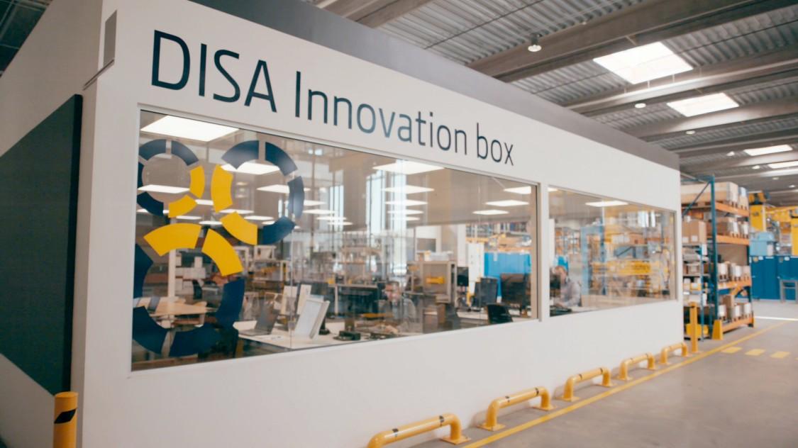 DISA nutzt eine Innovation Box, um die interdisziplinäre Zusammenarbeit zu stärken