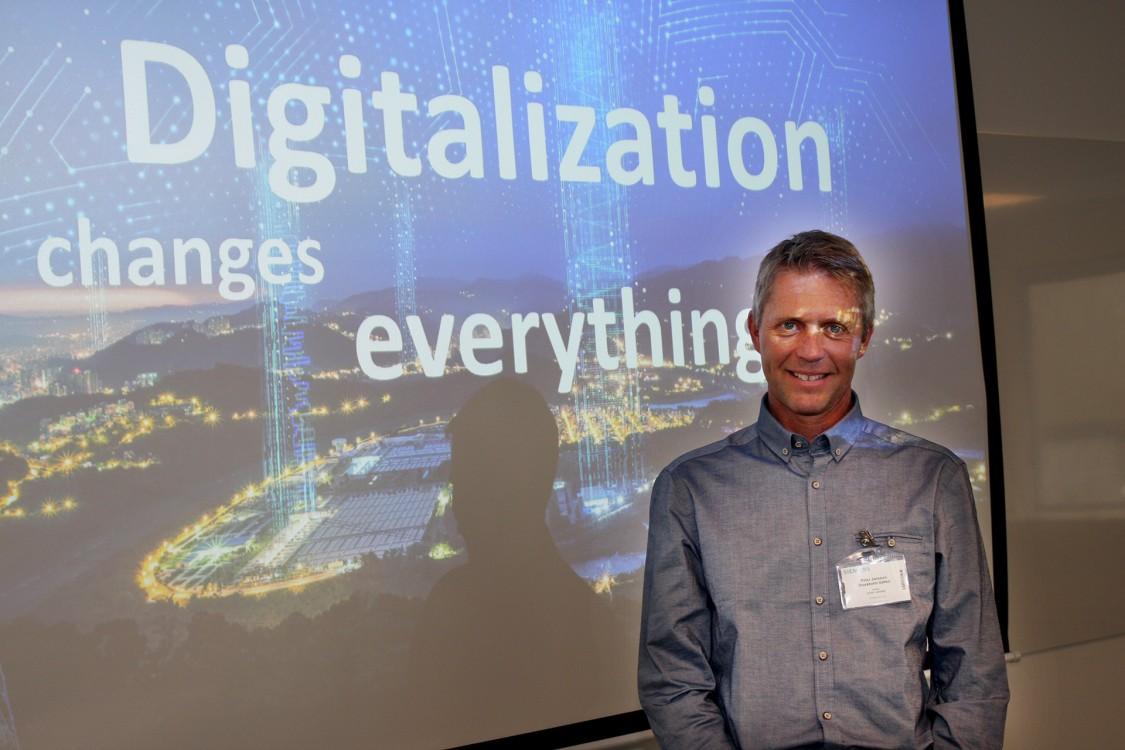 Från pappersarkiv till databas – Stockholm Vatten digitaliserar med COMOS