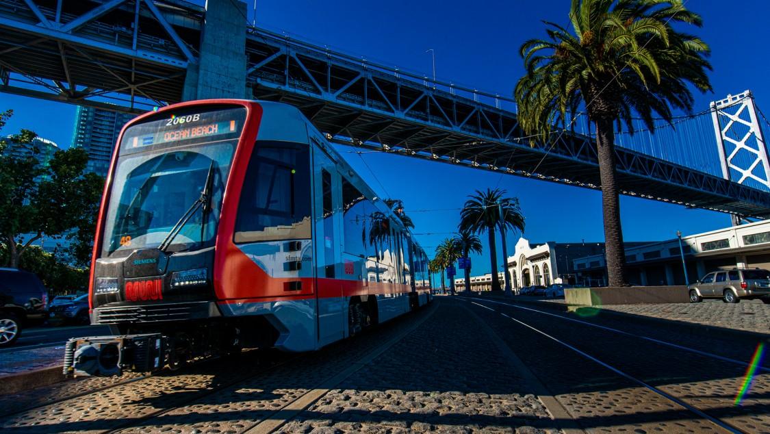 219 Muni LRV4 verbinden San Francisco
