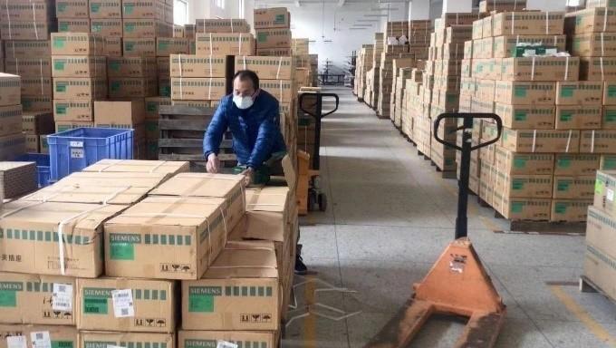 西门子开关面板产品准备出仓,奔赴武汉。