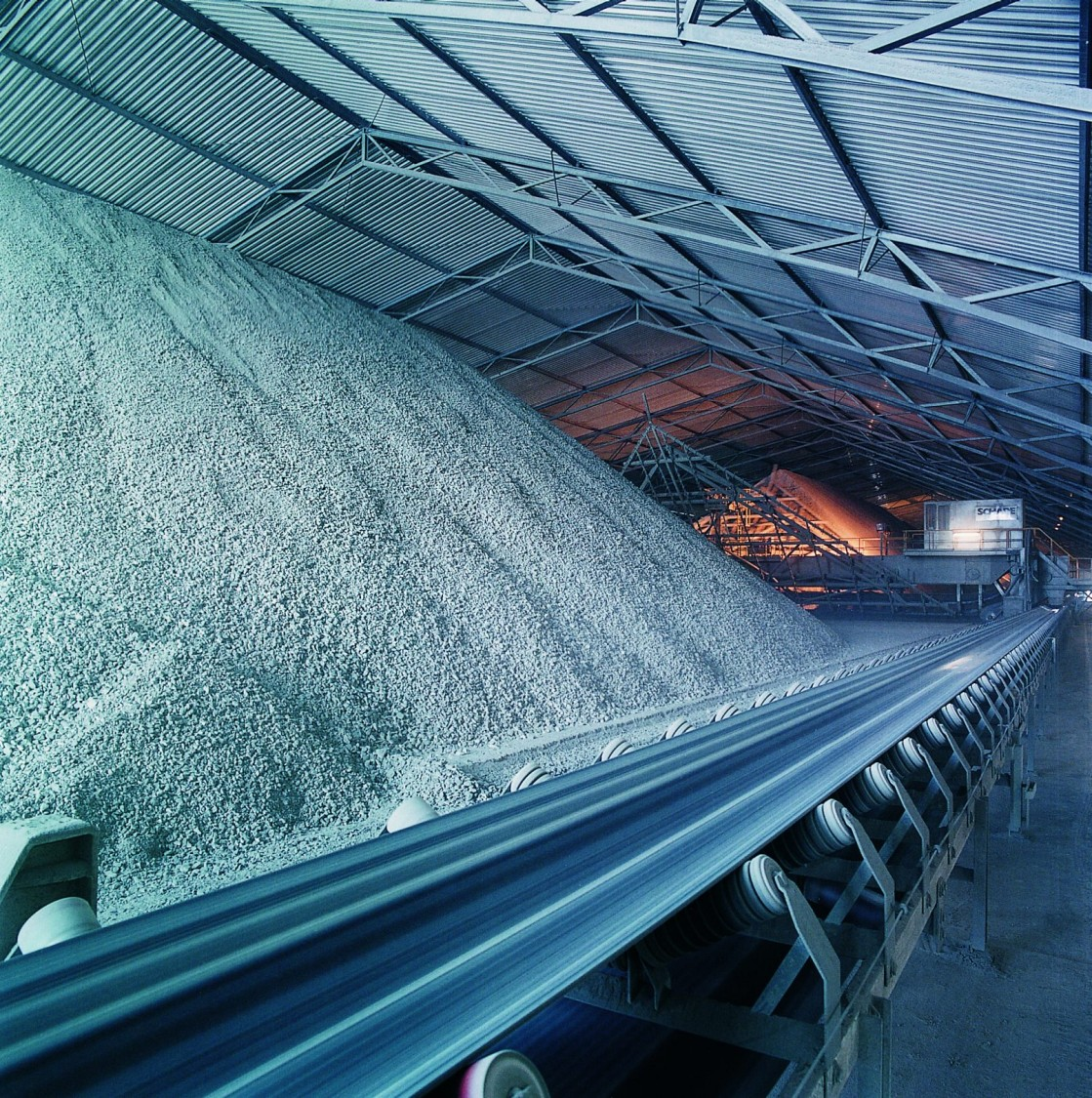 USA | Large pile of aggregate representing continuouse weighing