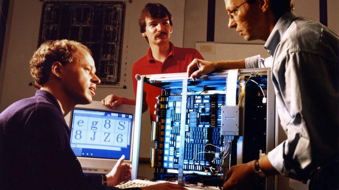 Нейрокомпьютер «Синапс-1», 1992 год