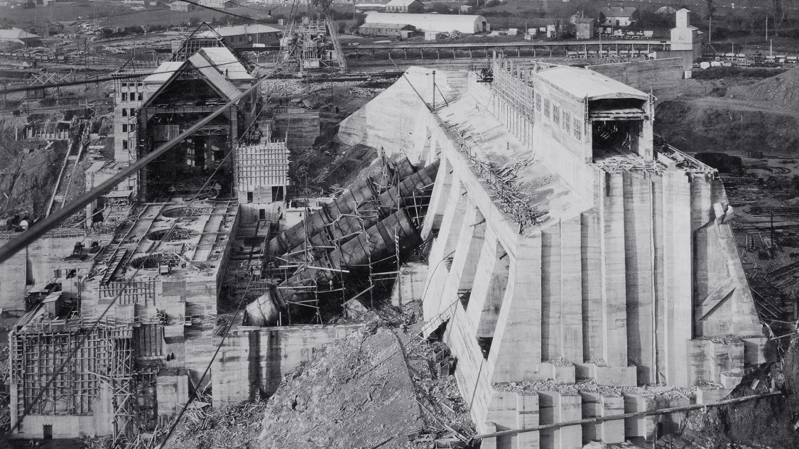 Dam building at the Shannon River, 1928