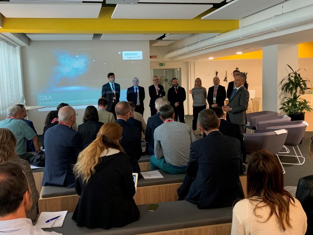 Prosegue il percorso di trasformazione digitale della macchina utensile con il nuovo CNC Siemens nativo digitale
