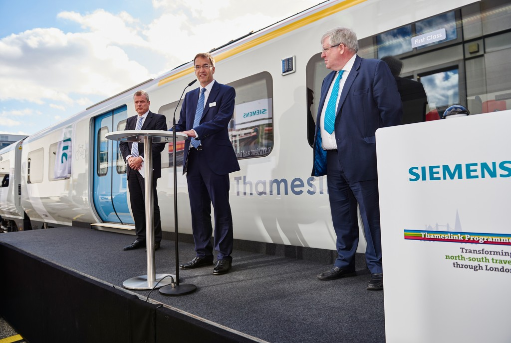 World premiere: British Secretary of State launches state-of-the-art train to be used on Thameslink route