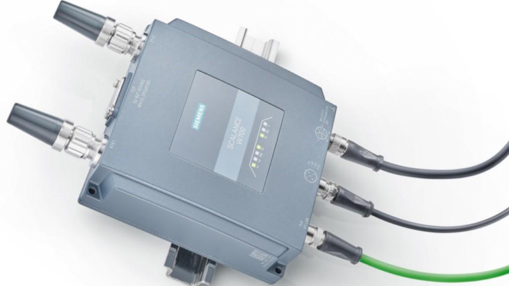 """Das neue Client Modul Scalance WUM766-1 von Siemens ist das erste am Markt verfügbare industrielle Client Modul mit dem aktuellen Wireless LAN-Standard IEEE 802.11ax (""""Wi-Fi 6"""")."""