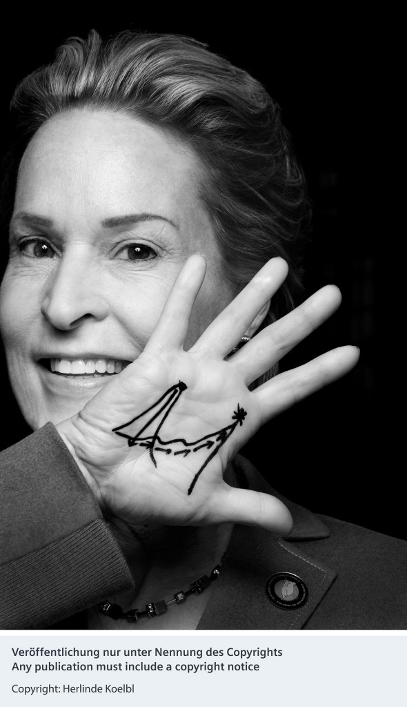 Portrait Francis Arnold - Siemens fördert neues Fotokunst-Projekt von Herlinde Koelbl