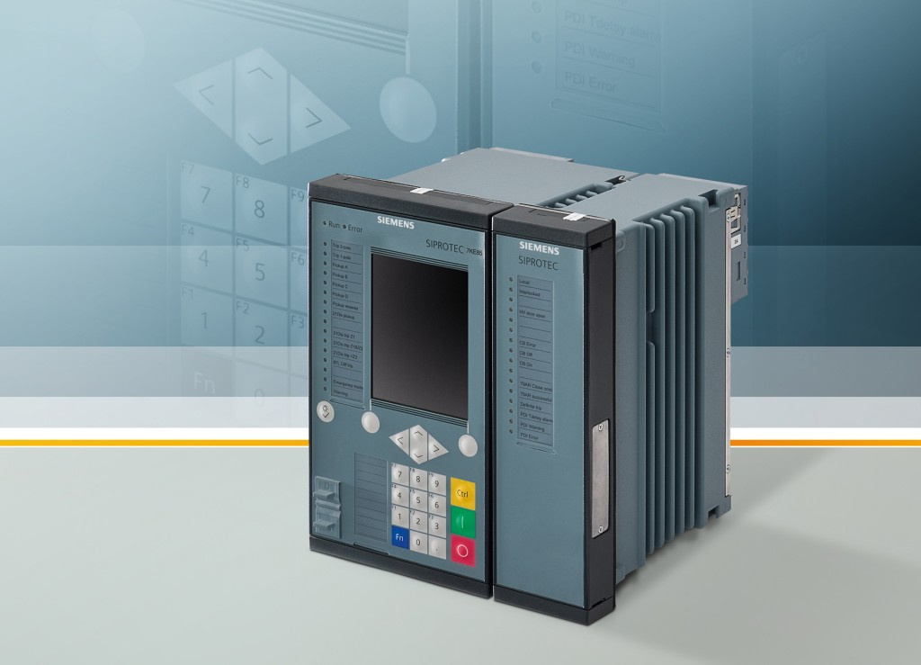The picture shows a  Siemens fault recorder from the Siprotec series