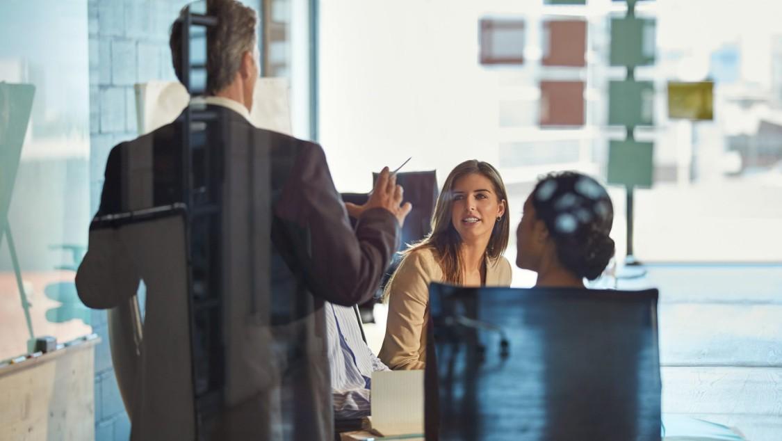 White paper: Smarta kontor – anpassar sig efter det nya normala