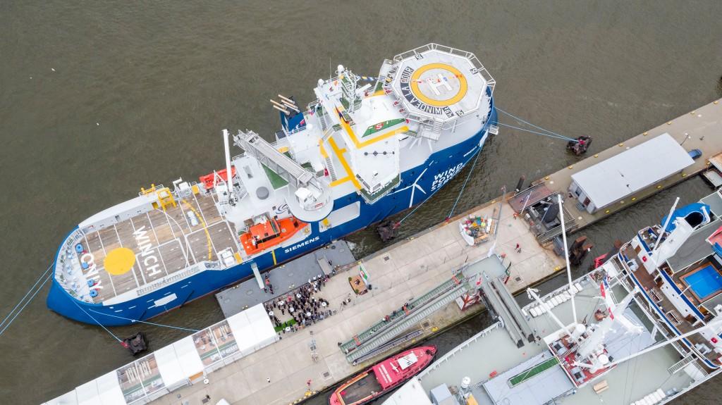 Servicebetriebsschiff für niederländisches Gemini Projekt in Hamburg getauft