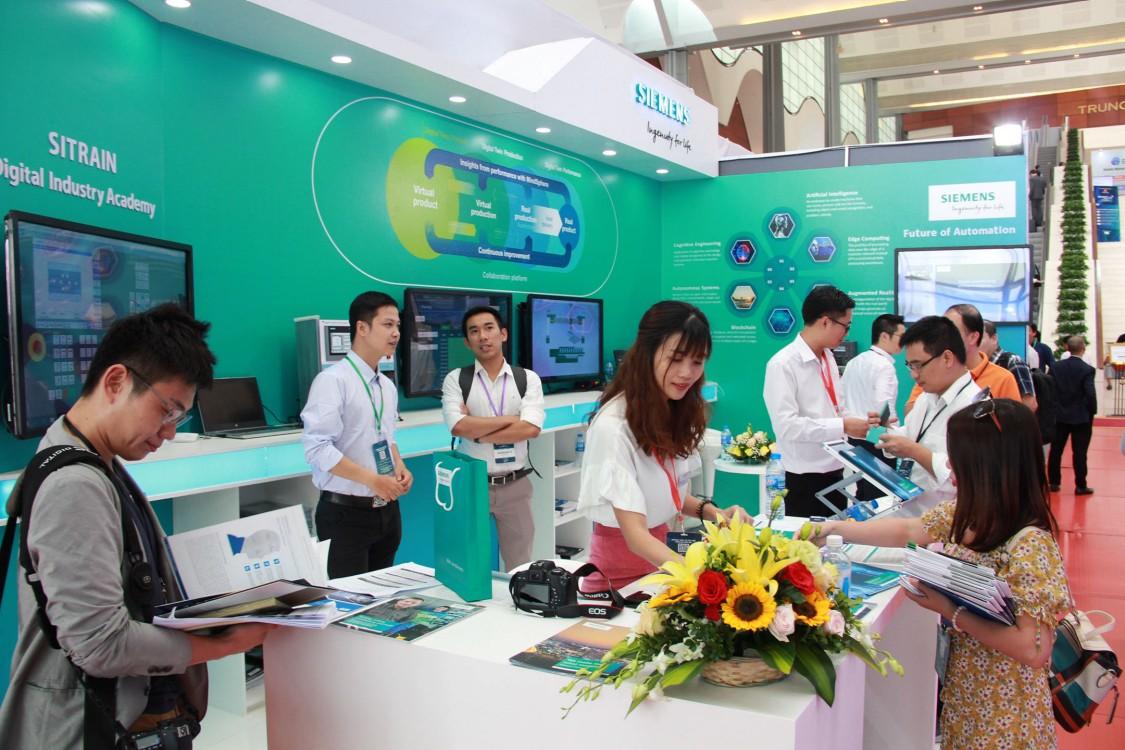 Gian hàng Siemens tại triển lãm Industry 4.0 Summit 2019