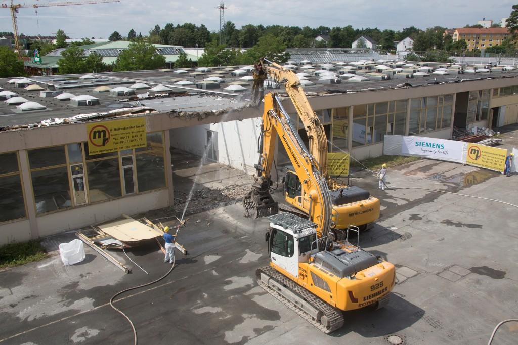 Siemens Campus Erlangen: Abrissarbeiten haben begonnen