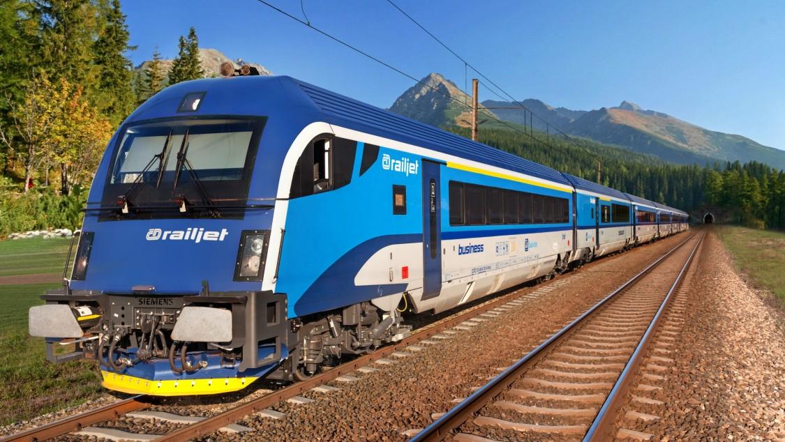 České dráhy (ČD) – seven-car Railjet trains based on Viaggio Comfort