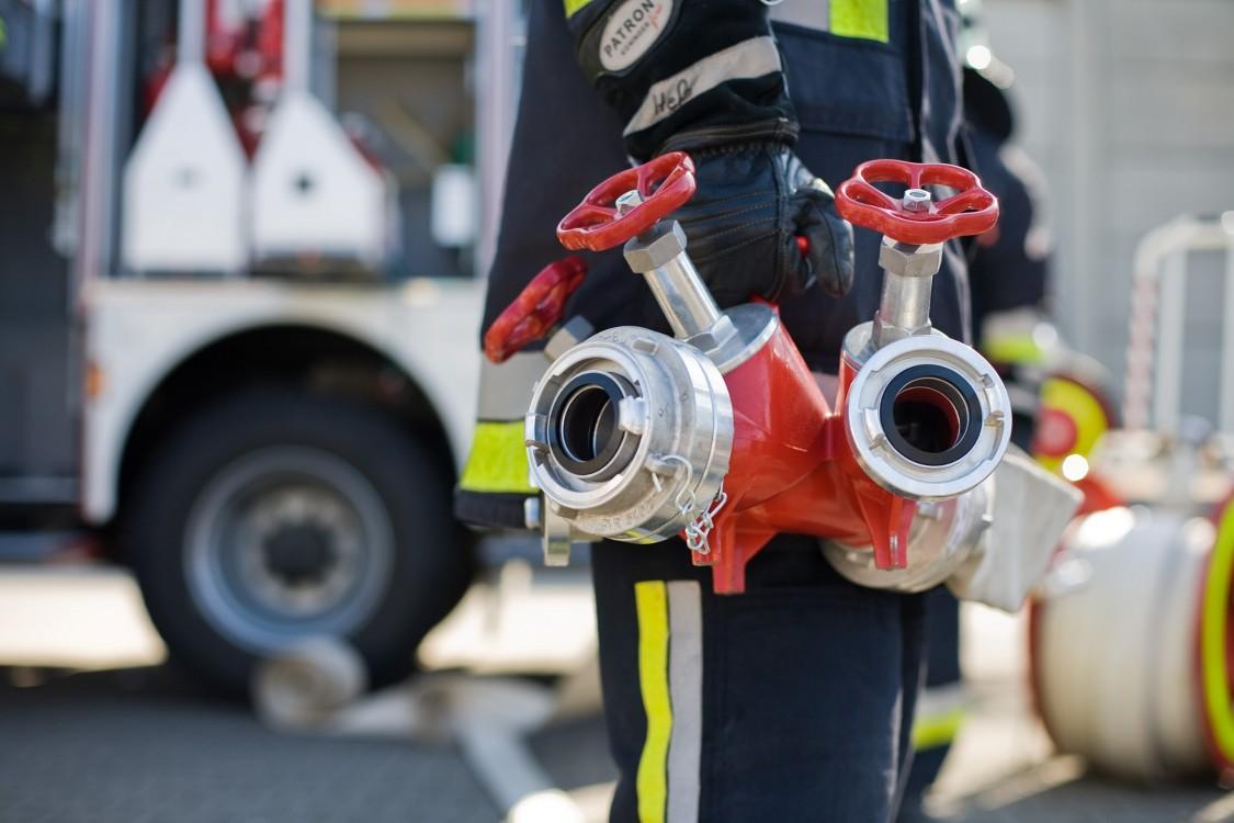 Siemens gibt konzernweite verbindliche Mindestanforderungen vor, mit dem Ziel, das Brand- und Brandfolgerisiko zu minimieren.