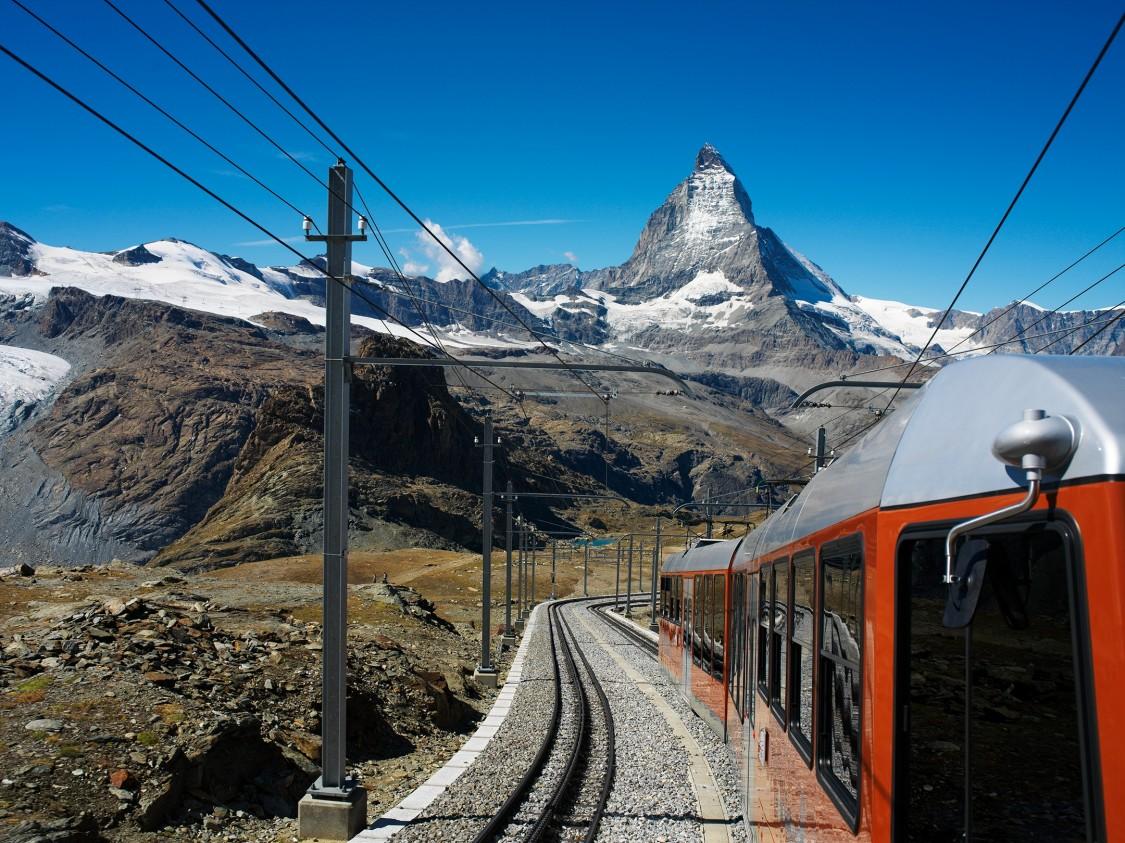 Iltis Gronergrat Bahn Matterhorn