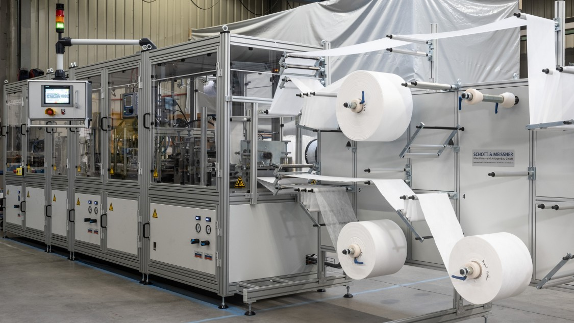 Overall view machine mask production