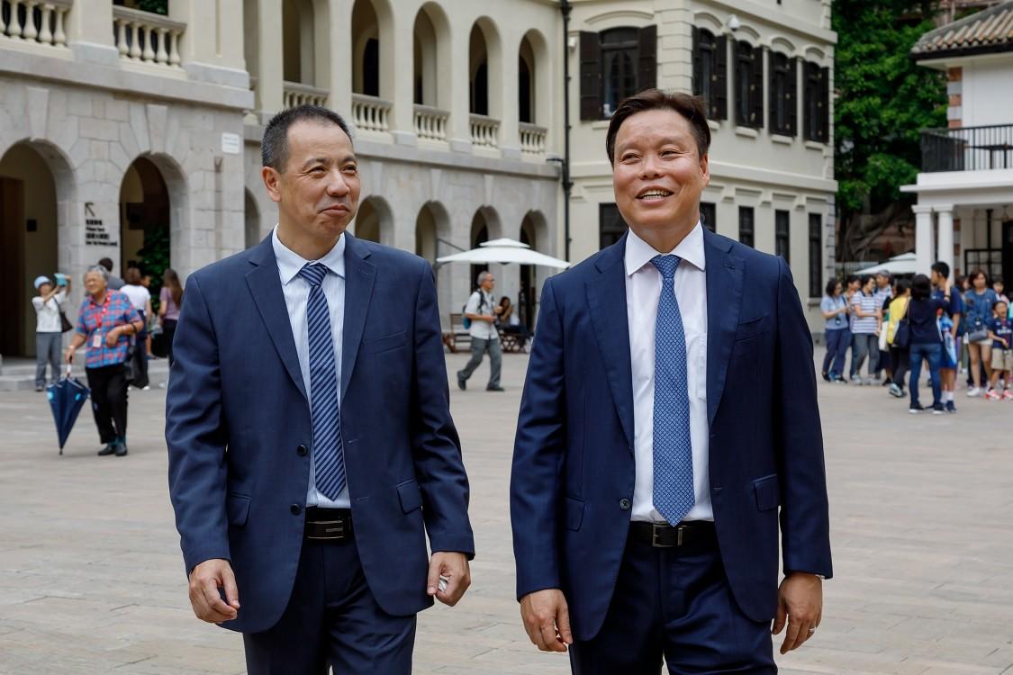 Ricky Liu, VP and Head of BT at Siemens HK, with Eric Chong, President and CEO at Siemens HK, at Tai Kwun