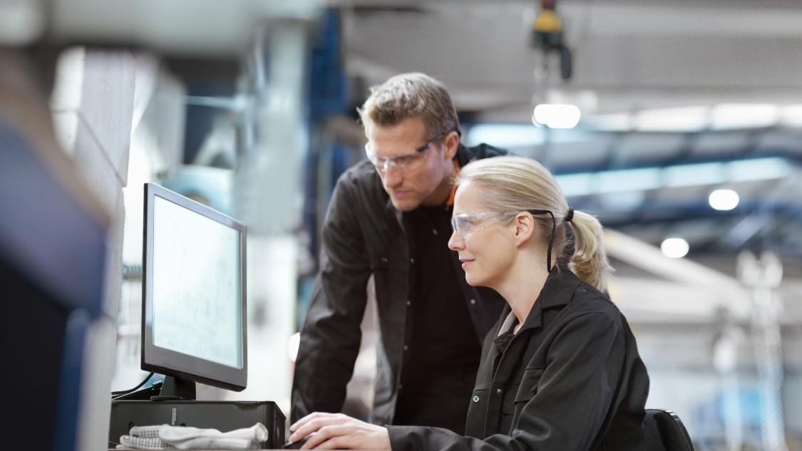 Professional Services als Teil unserer industriellen Netzwerklösungen unterstützen Sie beim Aufbau von Netzwerken