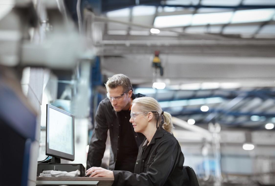 エキスパートが、貴社の産業用ネットワークソリューションのプランニングから実装までサポート