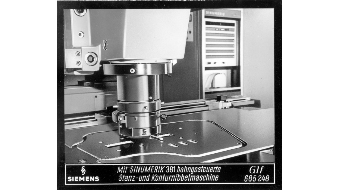 SINUMERIK designed for operation of nibbling machines