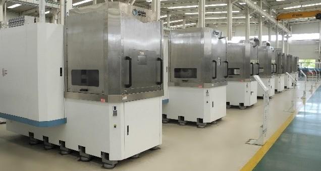 晶玉科技高精密多线切割机助力精密制造。