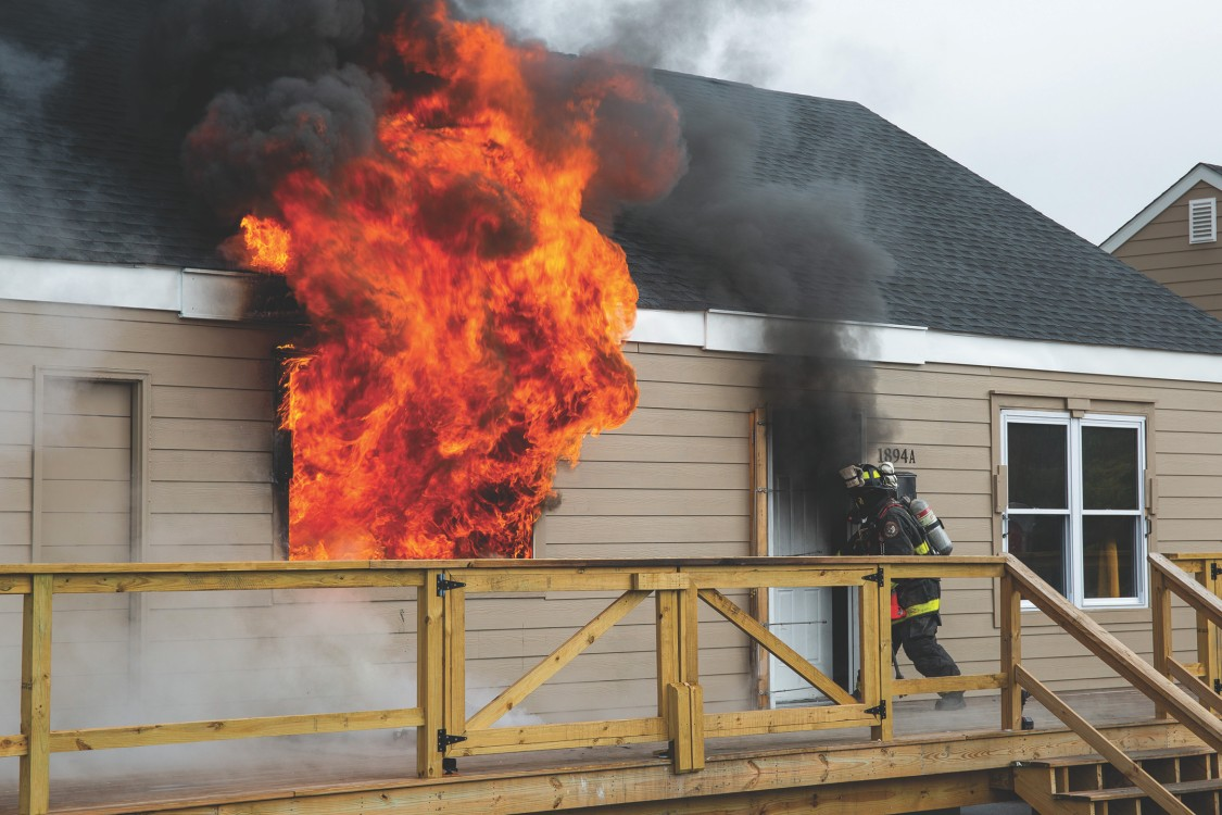 USA | Burning building with firefighting for UL testing