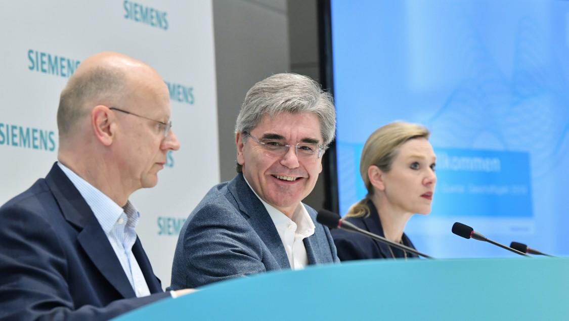 Veranstaltungsbilder Q2 Pressekonferez
