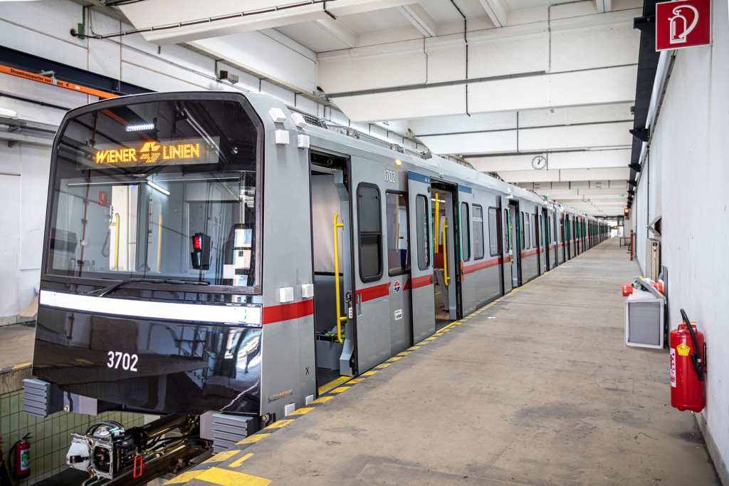 U-Bahn Wien: Erste Testfahrt mit dem neuen 'X-Wagen'