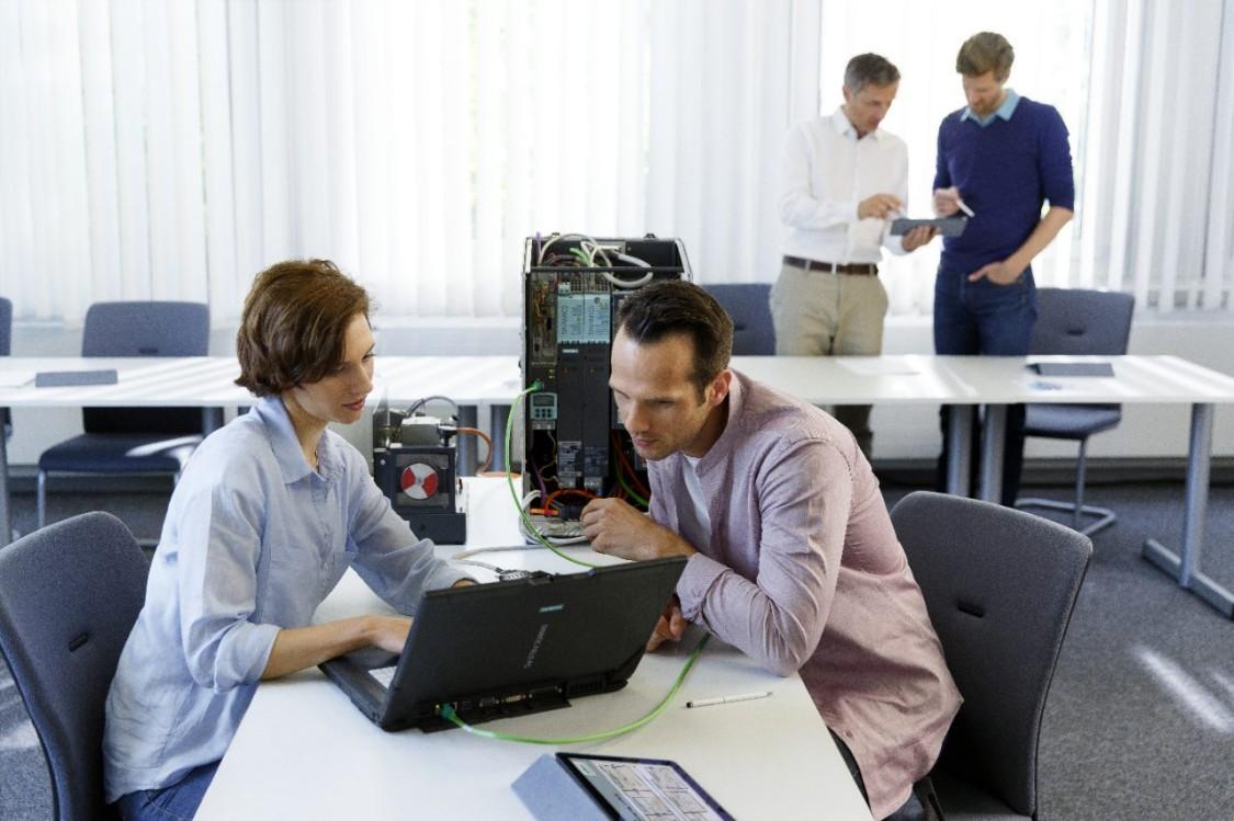 SITRAIN utbildningscenter nya SINAMICS-utbildningar