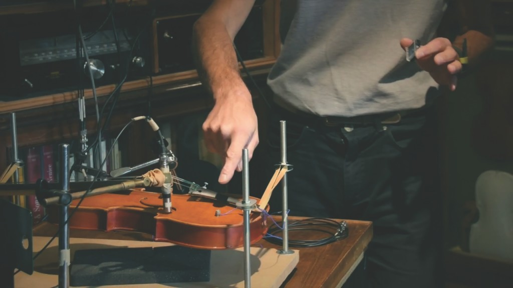 Instrument making 4.0 – Italian research team unlocks the secret sounds of classic violins with Siemens technology