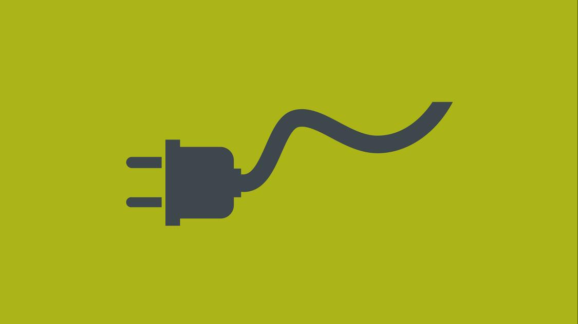 Icon eines stilisierten Stromkabels mit Stecker auf grünem Fond
