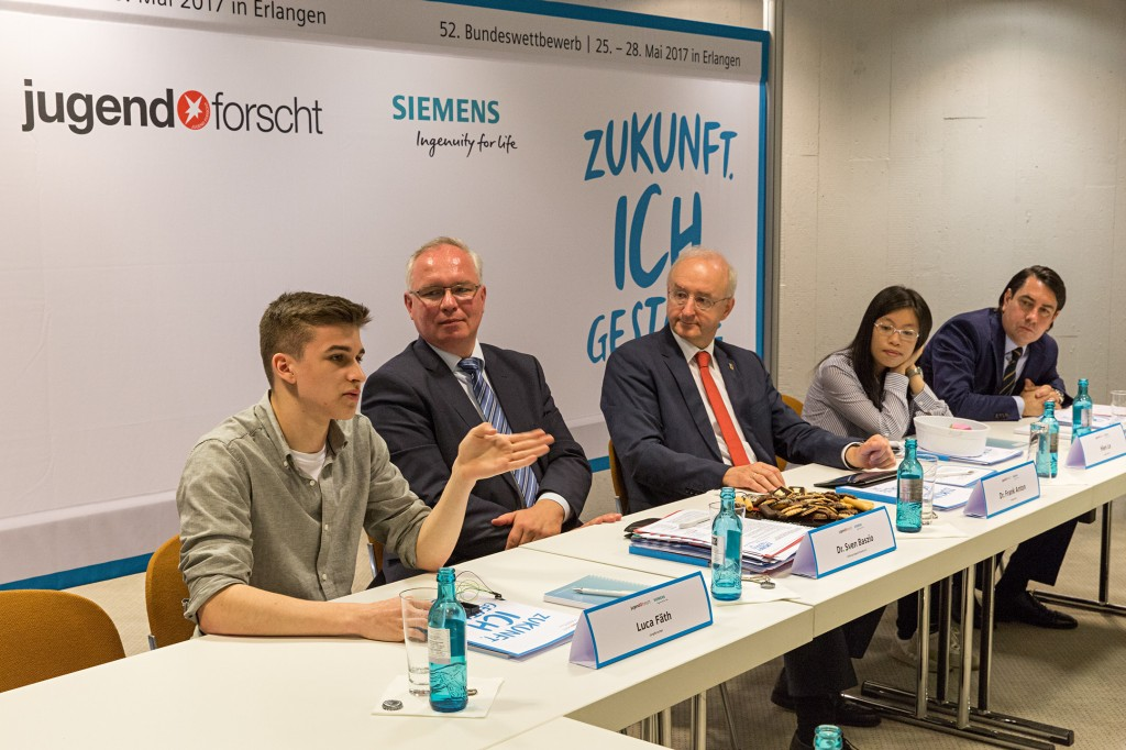 "Official start of the federal German science contest ""Jugend forscht"" in Erlangen, Germany"