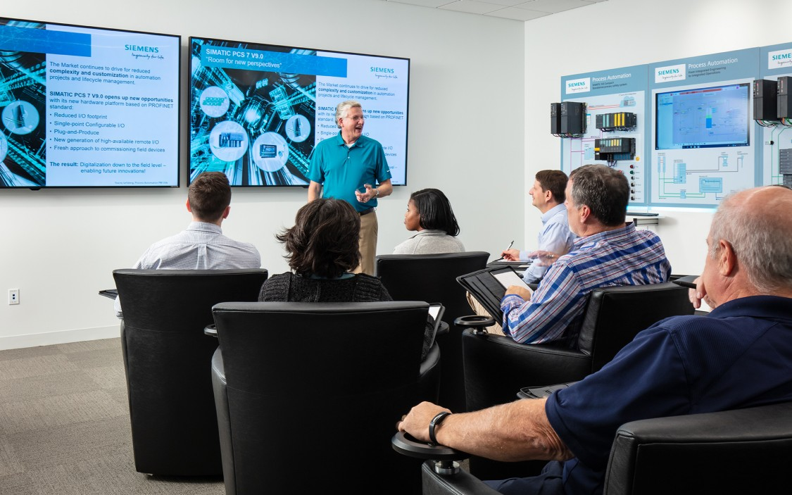 USA - Instrumentation and automation training at the Siemens C.B. Moore Solutions Center