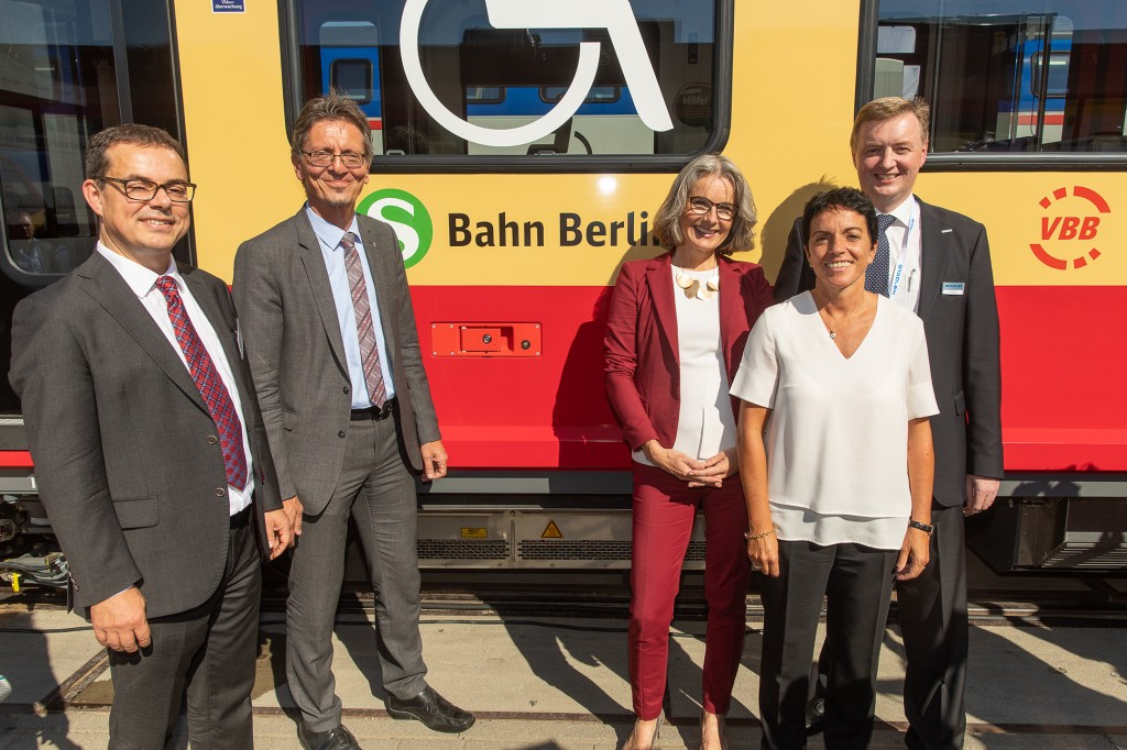From Berlin for Berlin: Stadler and Siemens present first half train for the new S-Bahn