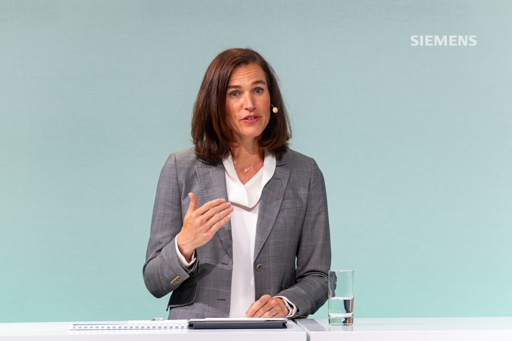 Siemens AG's Capital Market Day on June 24, 2021, at the company's headquarters in Munich: All Siemens AG Managing Board members answering analysts' questions at the close of the event. Pictured here: Judith Wiese, Chief Human Resources Officer and Chief Sustainability Officer