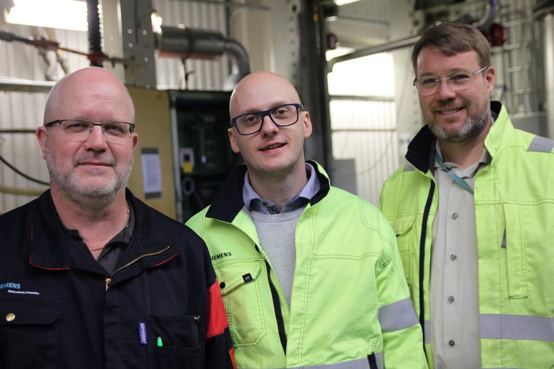 Thomas Johansson, serviceingenjör på Siemens, Karl Brodie, projektledare på Siemens, och Harald Hedenlund, Service Sales Specialist på Siemens.