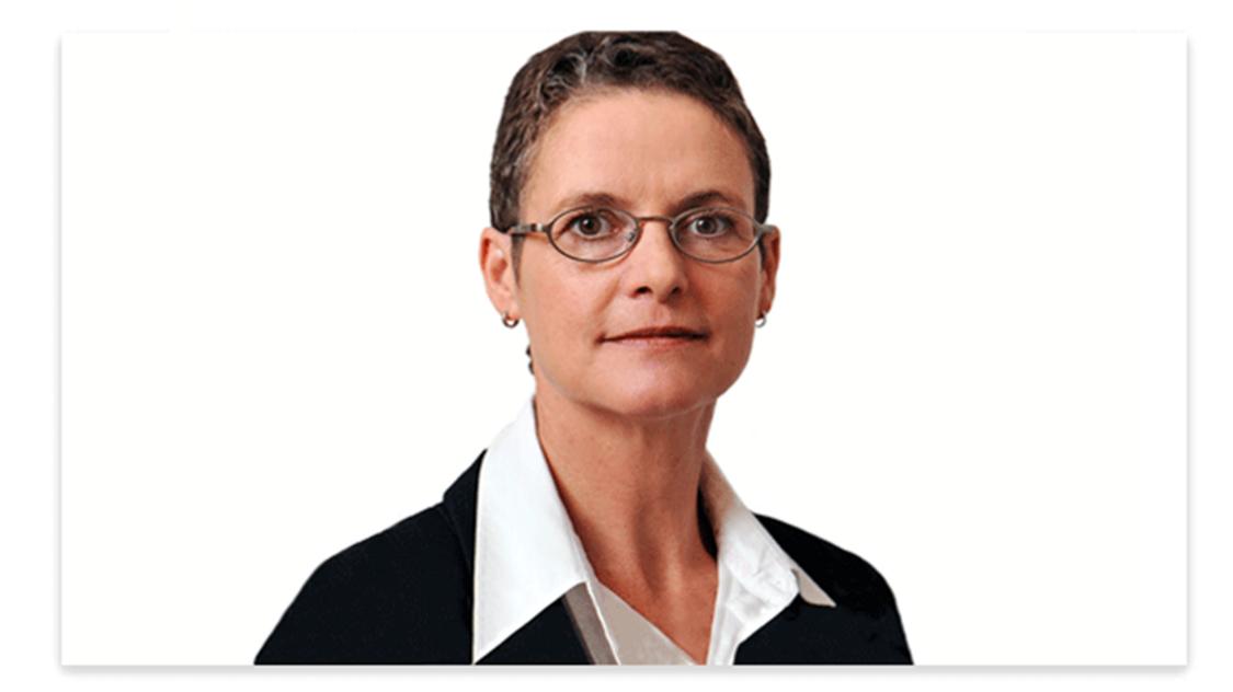 Portrait Image of Elke Fuchs