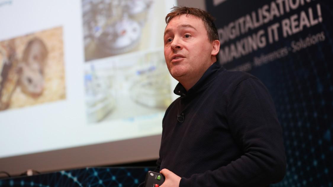 Dr Colin Clarke