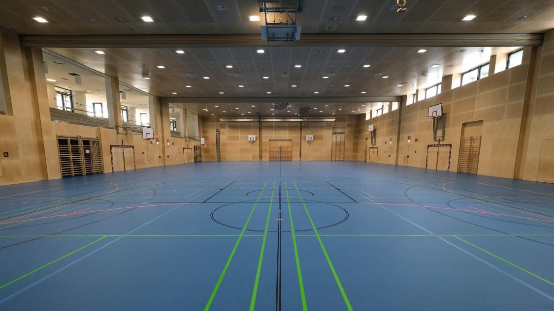Triple gymnasium at the Christine Nöstlinger school campus in Vienna