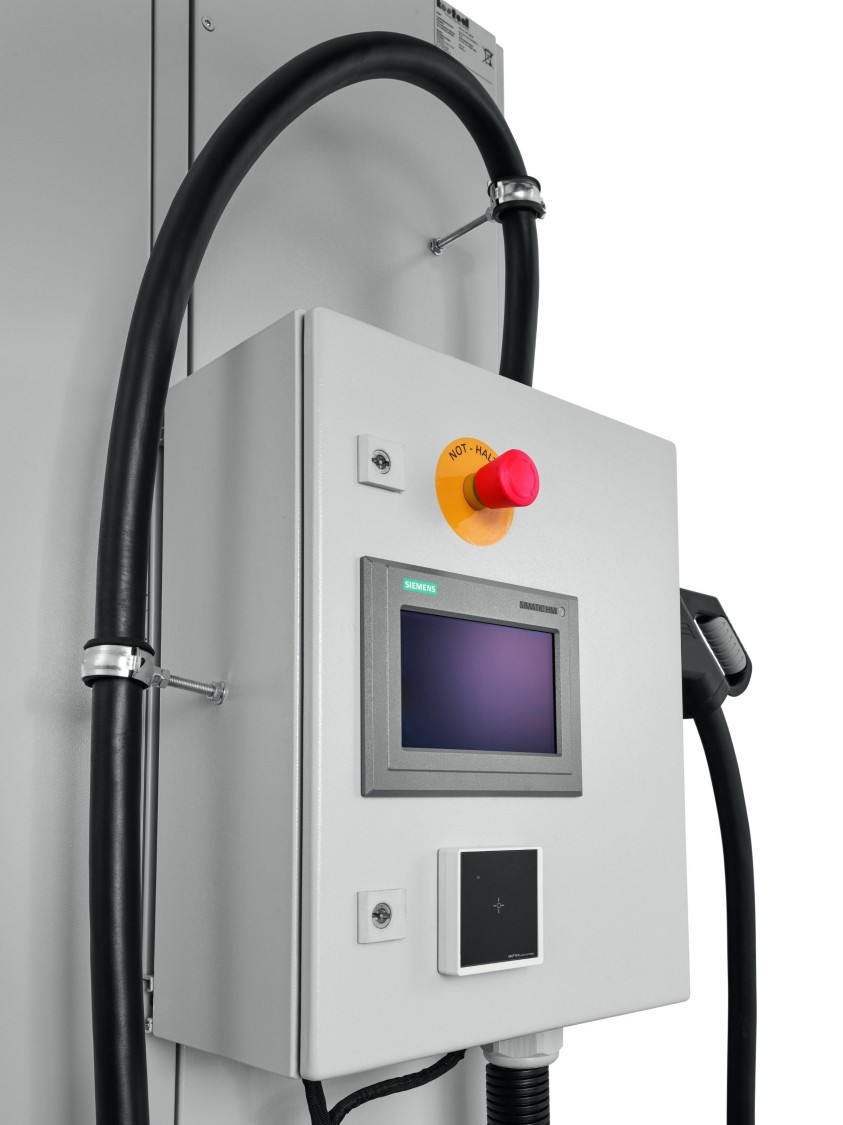 compact power charger, fast charging