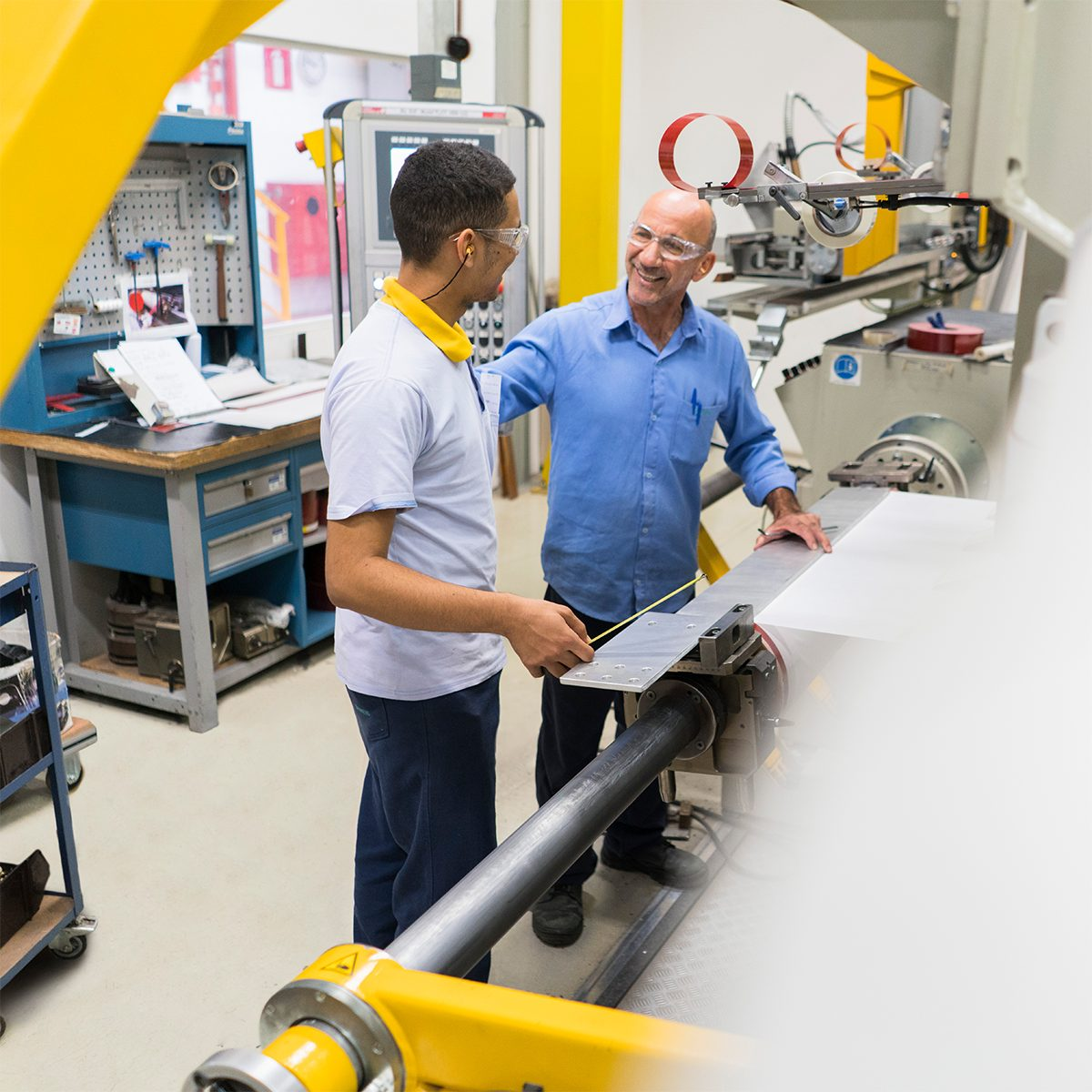 Manufacturing Jobs | What We Do at Siemens | What We Do