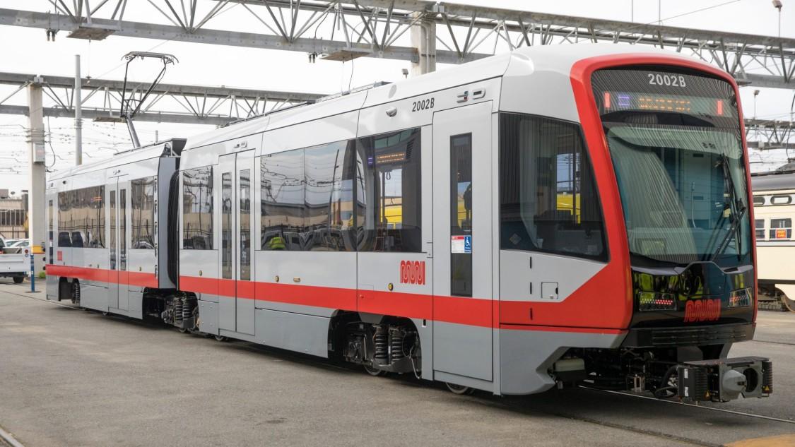 SF MUNI LRV4