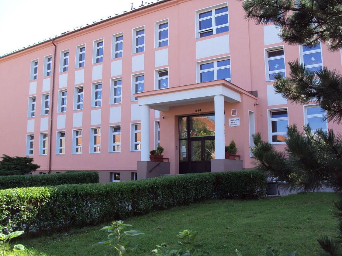Mimoň, Liberecký kraj, škola