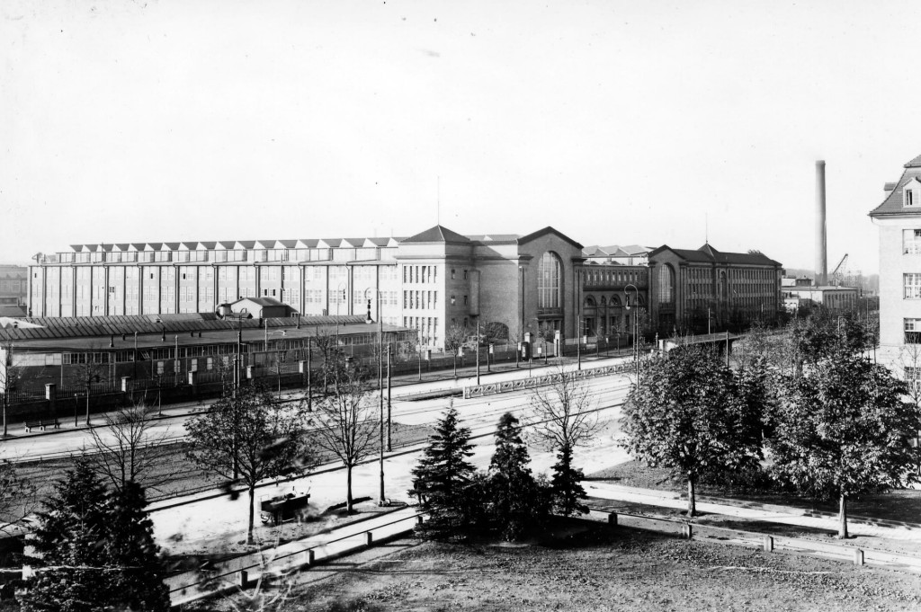 Locomotive Hall around 1925 in the Dynamowerk Berlin