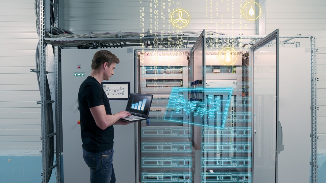 Siemens open and scalable building automation controllers