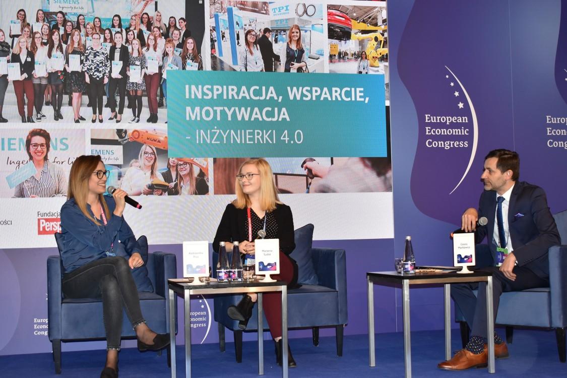 Siemens Women in digital age